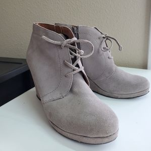 Dolce Vita Suede Wedge Booties Size 9